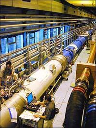 测试期间的LHC全单元原形