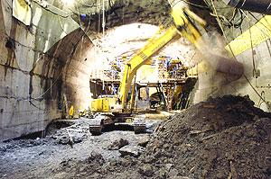 LHC的5号工地,这里将安放CMS实验设备