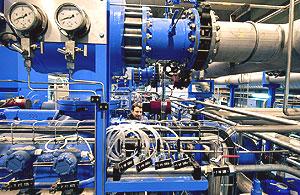 LHC的18千瓦冷却装置的压缩机