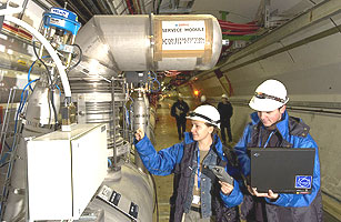 测试LHC低温分配线路